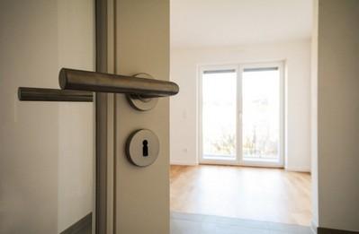 Можно ли продать неприватизированную квартиру?