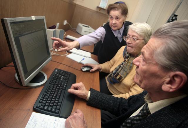 Перерасчет пенсии работающим пенсионерам в 2017 году