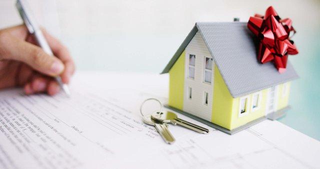 Дарственная на земельный участок между близкими родственниками — оформление и стоимость