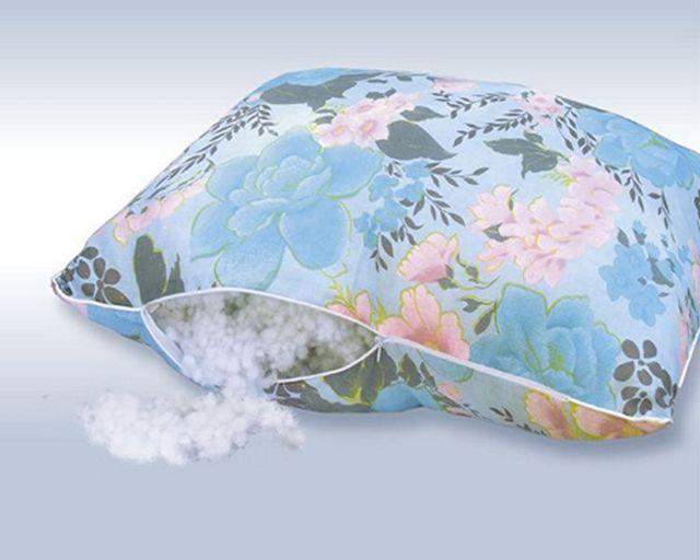 Можно ли сдать подушку обратно в магазин, если она не подошла: что говорит закон?