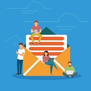 Уведомление работодателю о пропуске работы через СМС — законно ли и могут ли за это уволить