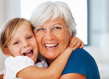 Временная опека над ребенком бабушкой: порядок оформления, необходимые документы, положенные выплаты
