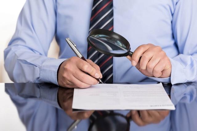 Признаки банкротства физического лица: критерии признания несостоятельным и сумма долга