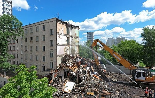 Программа реновации девяти- и двенадцатиэтажных домов в Москве: список зданий под снос и последние новости