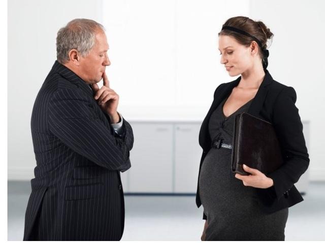 Все о правах беременной женщины на работе