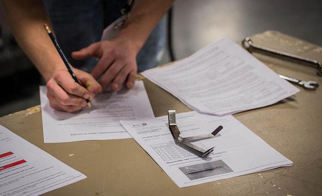 Анкета для собеседования при приеме на работу: образцы и правила составления