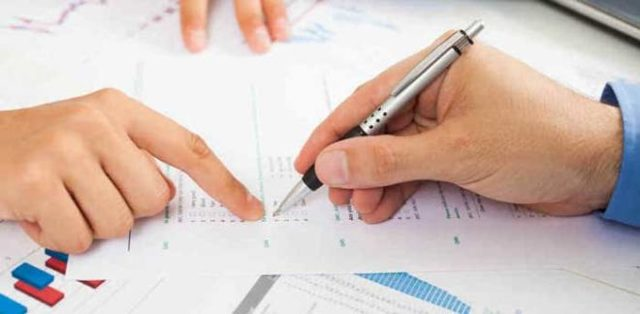 Как вернуть деньги за страховку по кредиту при его досрочном погашении? Срок расторжения договора, образец заявления, документы
