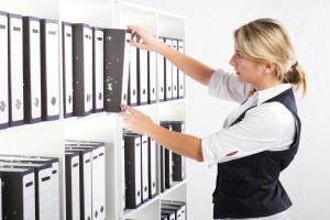 Как правильно вести журнал регистрации приказа о приеме на работу?