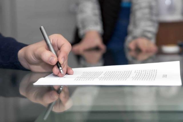 Заявление на отпуск жене военнослужащего — образец и правила оформления