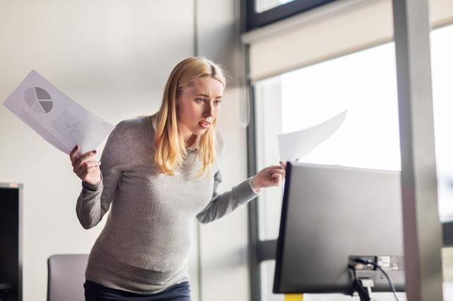 Могут ли уволить с работы беременную женщину?
