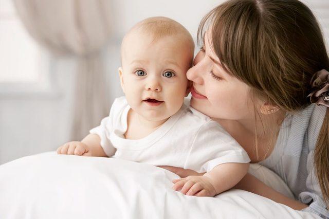 Льготы и пособия матерям-одиночкам: на оплату ЖКХ и покупку жилья, на детский сад и школу, в трудовой сфере