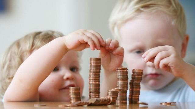 Какие выплаты положены после родов — подробно об актуальном