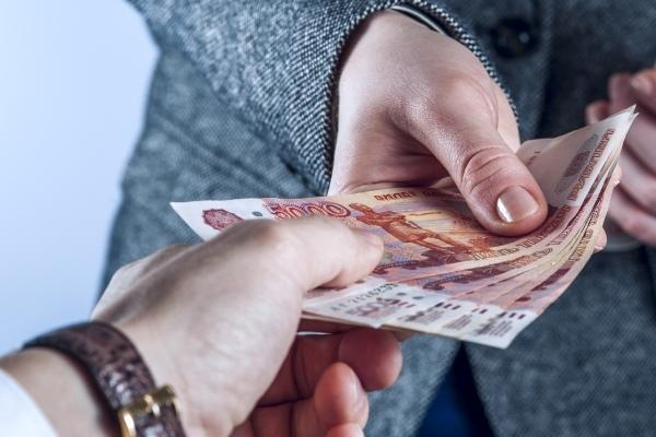 Как проводится и оплачивается стажировка при приеме на работу?