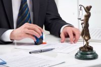 Как выписаться из квартиры и прописаться в другую согласно законам РФ?