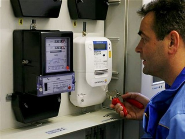 Замена приборов учета воды, электроэнергии и газа