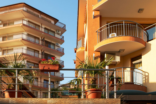 Как купить квартиру в Болгарии на берегу моря и не попасть в лапы мошенников?