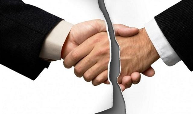 Досудебная претензия на оплату задолженности по договору оказания услуг: порядок оформления и образец бланка